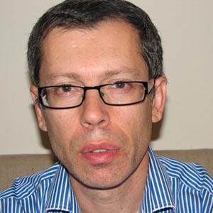 Dr. Mark Maeitine